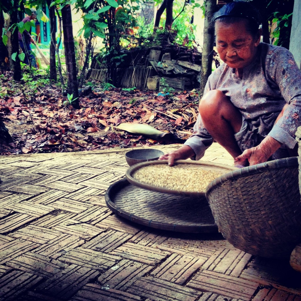 Shelling rice, Hoi An, Vietnam